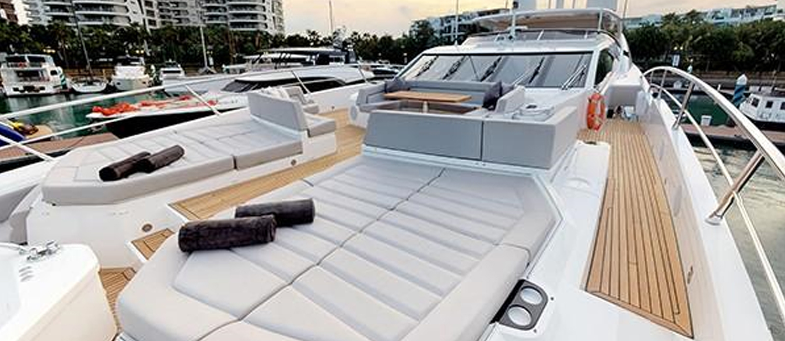 Sunseeker-116-Sport-Yacht-Priceless-23