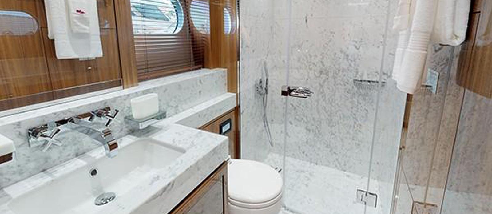 Sunseeker-116-Sport-Yacht-Priceless-6
