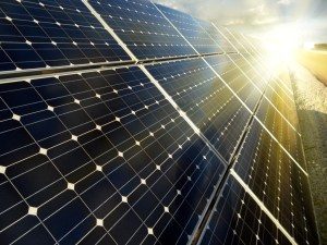 Solar-panel-cleaning-SOLARBACKGROUND