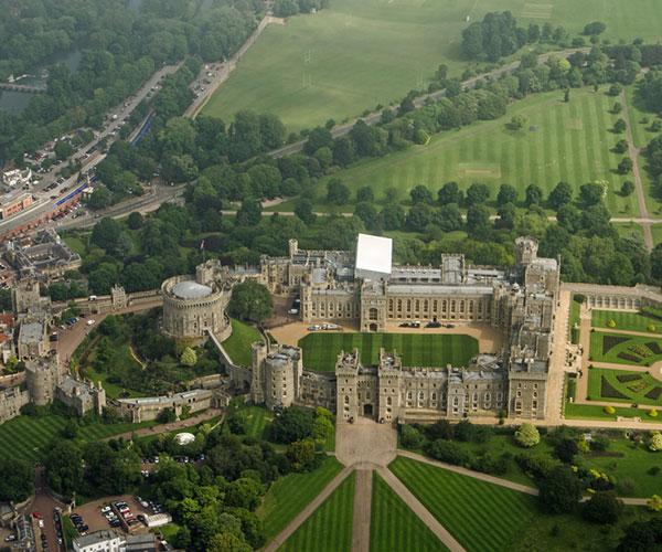 Tour of Windsor Castle, London