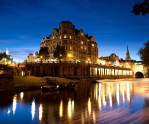 The city of Bath by night