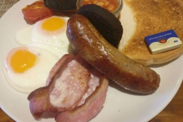 White Horse Full English Breakfast