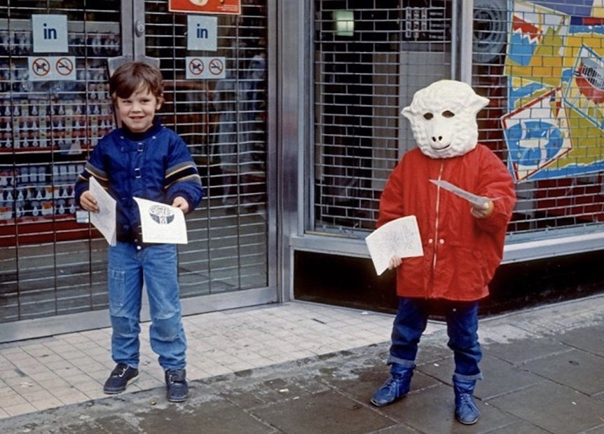 School children protest against the sale of radioactive lamb in the wake of the Chernobyl disaster, 1986. Photo © Rio Cinema Archive.