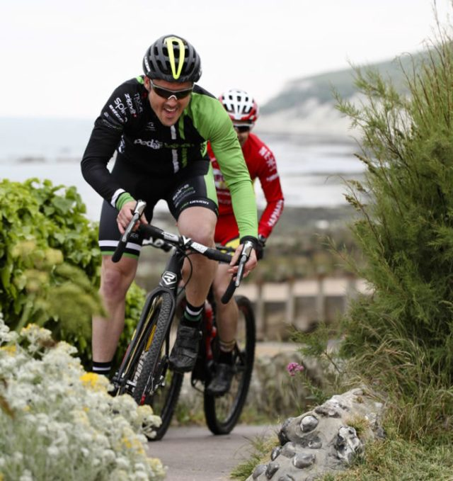 The Urban Beach Cross last year saw cross bike versus Mtb in a battle for first place