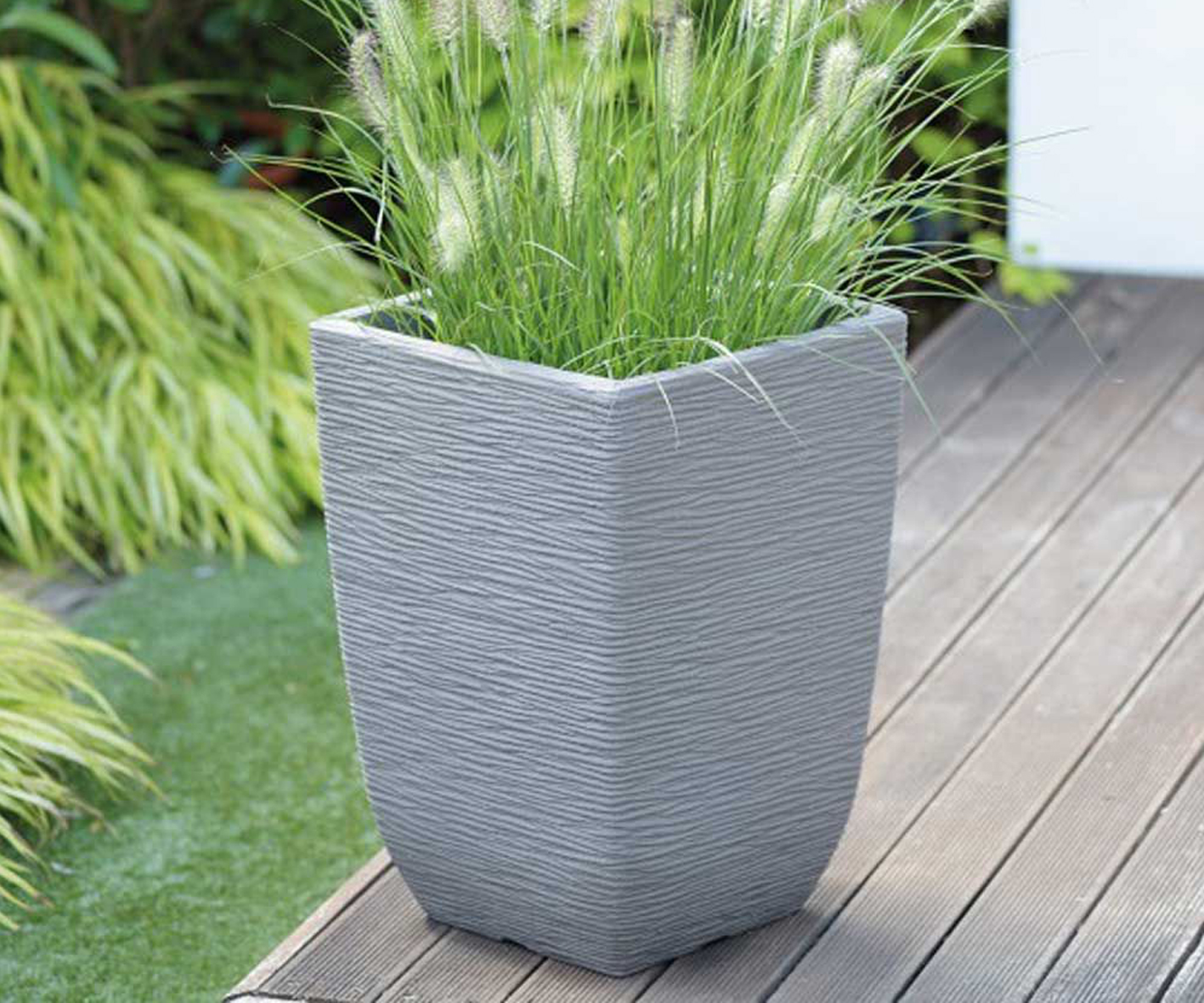 Cotswold Tall Limestone Grey planter