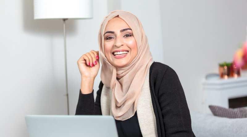"BBC's The Apprentice 2017 contestant, Bushra Shaikh says  ""I'm making my Zakat count this Ramadan!"""