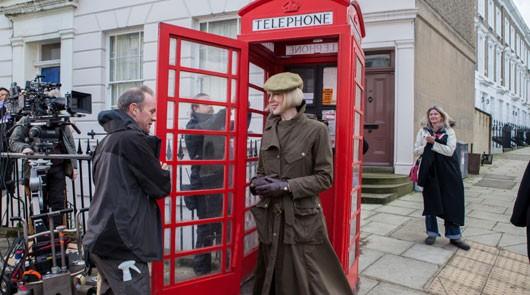 Nicole Kidman filming on location in Paddington Bear