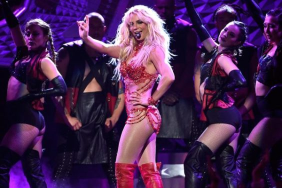 britney-spears-billboard-awards-performance-2016