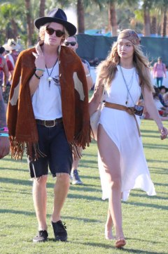 cody + gigi / the hottest couple on the hottest day