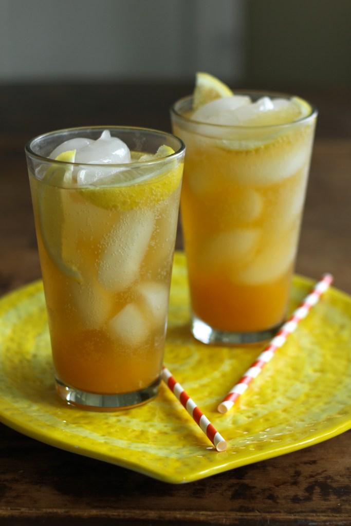 Fizzy Apricot Coolers W/Lemon