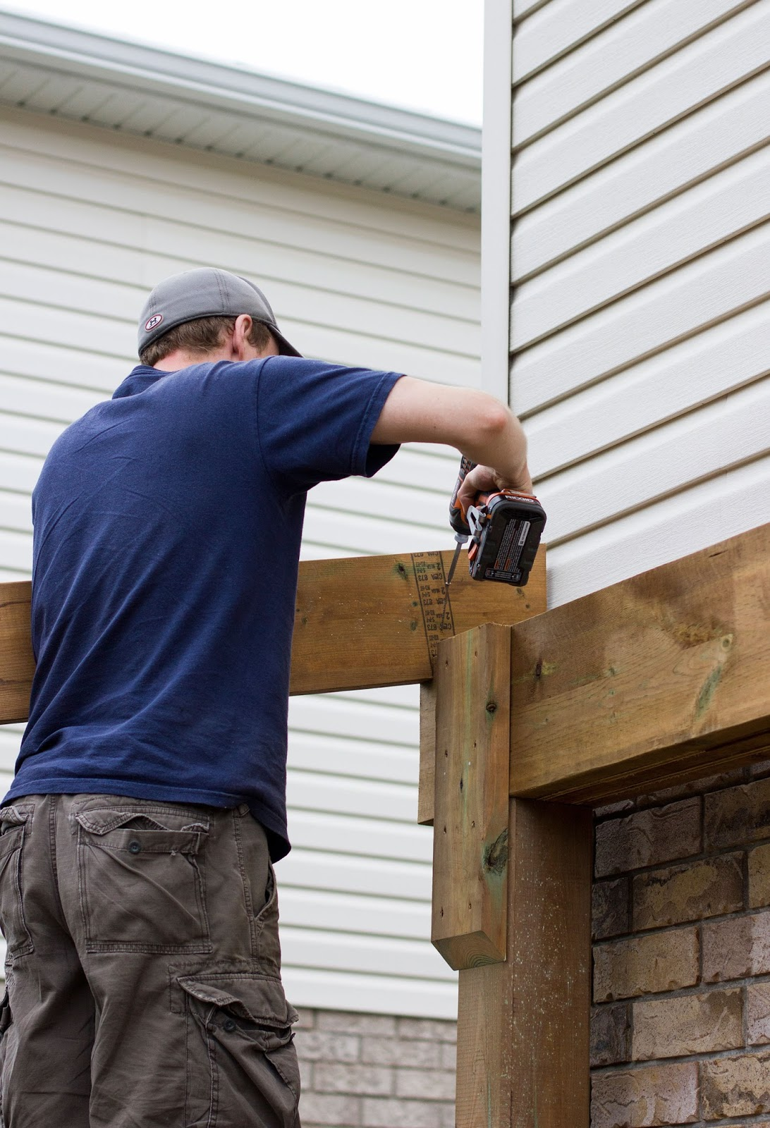 how to build a covered patio