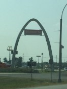 small version of the St. Louis arch in Illinois