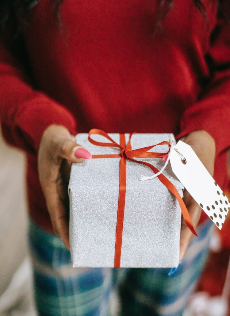 Top 10 Best Gifts for Curly Hair: Get That Wishlist Ready!