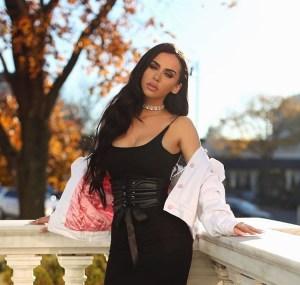 carli-bybel-corset