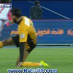 ضرب متبادل بين لاعبي القادسية والكويت خالد القحطاني وفهد العنزي بدون كرة