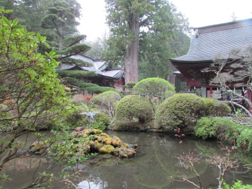 As with all shrines, there was a beautiful Japanese garden close by