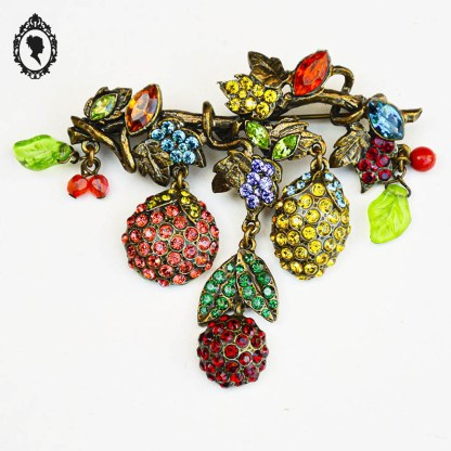 Broche, Poggi, bijou Poggi, broche multicolore, broche Poggi, broche fruitée, broche fleurie, broche strass, broche très colorée, broche plusieurs couleurs, idée cadeau, cadeau femme, cadeau, cadeau fête des mères, fête des mères, cadeau maman,