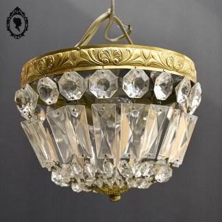 Luminaire, luminaire chic, brocante chic, lustre chic, lustre laiton, lustre bronze, lustre bronze pampille, lustre pampille, lustre cristal, lustre 2 feux, lustre 2 lumières, lustre 2 bougies, lustre 2 ampoules, lustre rocaille, lustre, lustre ancien, lustre à pampilles, lustre baroque, lustre vintage, suspension plafonnier, lustre romantique, lustre luxe, lustre élégant, lustre volutes, pampilles, pampille, suspension pampille, suspension doré, lustre doré, suspension laiton, suspension ancienne, suspension vintage, lustre bronze, suspension bronze, luminaire bronze, lustre baroque doré, lustre italien, lustre montgolfière, montgolfière lustre demi-lune, demi-lune, plafonnier montgolfière, plafonnier demi-lune, lustre doré, plafonnier doré, plafonnier pampille, plafonnier à pampilles, plafonnier vintage, plafonnier, luminaire italien, luminaire baroque, décoration baroque, décoration doré, luminaire doré, luminaire métal, luminaire métal doré, luminaire vintage, lustre rond, plafonnier baroque, plafonnier doré, lustre élégant, plafonnier élégant, plafonnier chic, brocante chic, lustre fer doré, plafonnier doré pampille, lustre doré pampille, lustre Italie, lustre italien, demi sphère, plafonnier demi-sphère, plafonnier verre, plafonnier perles, plafonnier demi corbeille, écran 20 cm, plafonnier 20 cm, lustre 20 cm, lustre diamètre 20 cm, luminaire diamètre 20 cm,