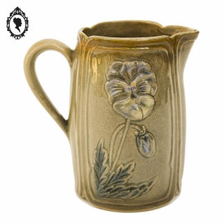 Pichet, pichet ancien, pichet vintage, pichet Art Nouveau, pichet fleuri, pichet beige, vase, vase Art Nouveau, Pot à lait, pot à lait ancien, pot à lait barbotine, pot à lait fleuri, pot à lait pensée, Pot à lait porcelaine, décoration Art nouveau, décoration charme, décoration chic, brocante chic,
