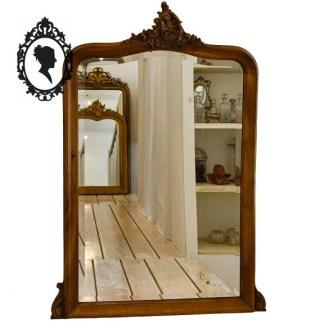 Cadre bois, miroir bois, miroir rocaille , miroir bois rocaille, miroir de cheminée, miroir cheminée bois, miroir cheminée rocaille, miroir bois sculpté, miroir ancien, miroir bois ancien, miroir noyer, miroir vintage, miroir bois vintage, cadre fronton, miroir fronton, miroir volute, cadre arabesque, cadre mouluré, cadre shabby chic, cadre romantique, cadre classique, cadre chic, cadre raffiné, cadre moulure, cadre baroque, style baroque, miroir baroque, miroir chic, miroir féminin, miroir biseauté, glace biseauté, miroir 102 x 66, miroir 125 x 86, cadre 125 x 86, miroir XIX, miroir d'époque, miroir coquille, miroir Louis XV, style Louis XV,