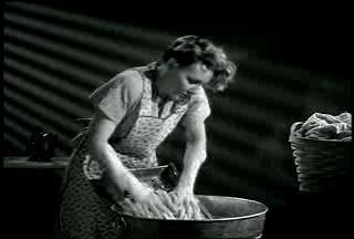 Housewife4