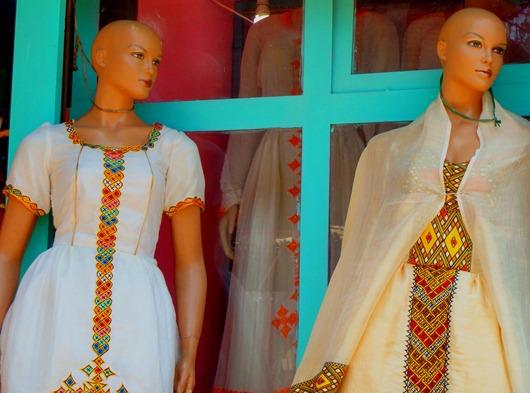 Robes brodées ethiopiennes à addis abeba