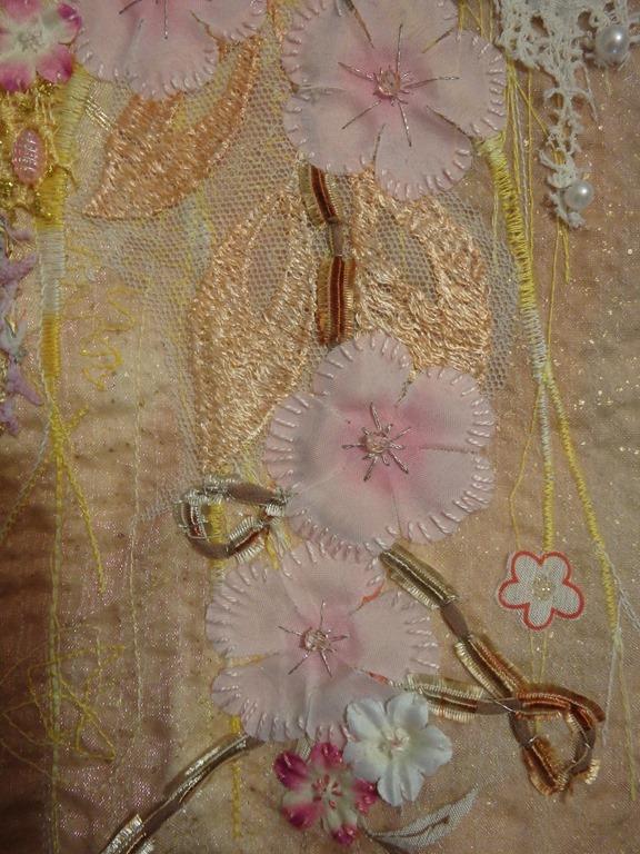 Tableau-textile-ralis-lors-dun-cour-avec-Ina-Statescu-dtail