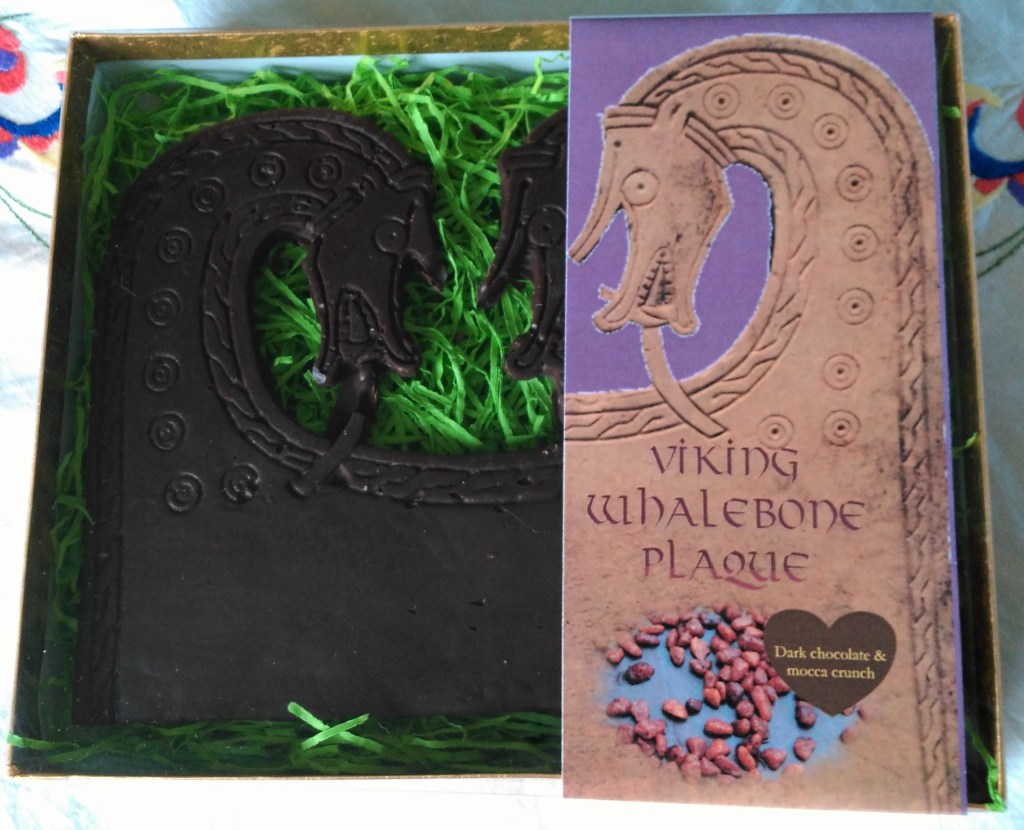 Viking whalebone plaque in dark chocolate and mocca crunch