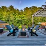 Courtice Deck - Lounge Area