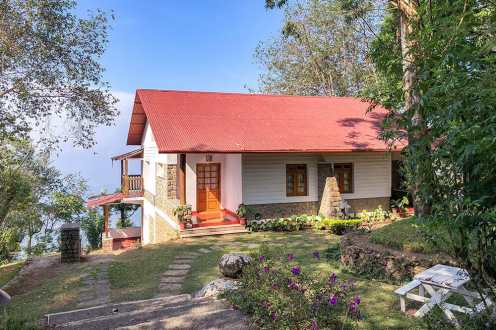 Chalet perched on the the hill at Windermere Estate in Munnar, Kerala India - #munnar #kerala #india