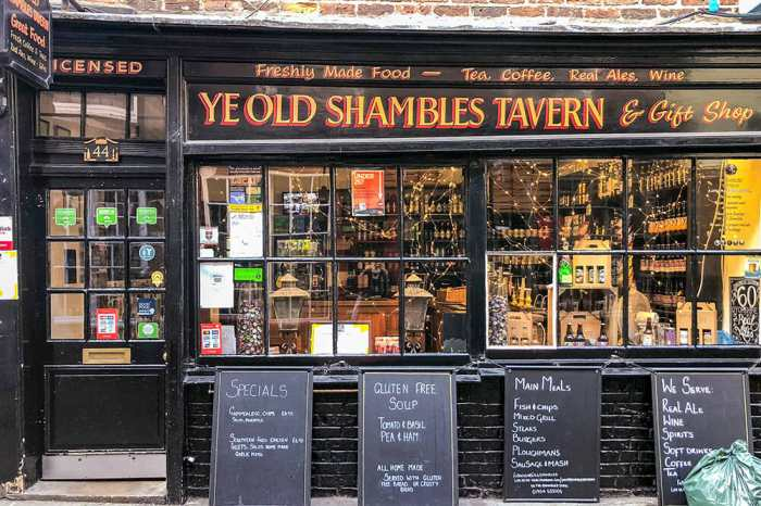 Black Victorian shopfront of Ye Olde Shambles Tavern and Gift Shop
