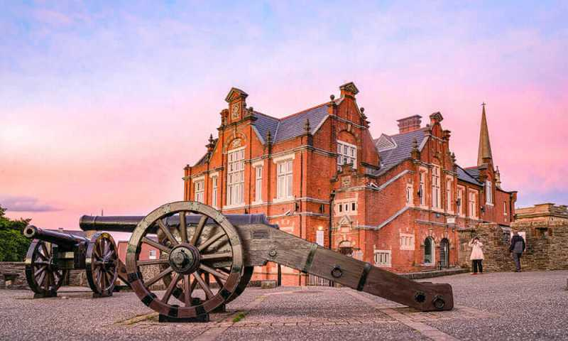 Derry City Walls, one of the reasons Derry should be included in your Northern Ireland itinerary