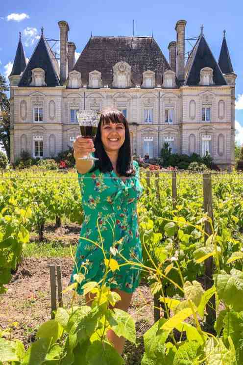 Wine-tasting-at-a-Chateau-in-Medoc-Region,-France