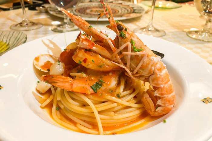 Seafood-pasta-at-Sabatini's