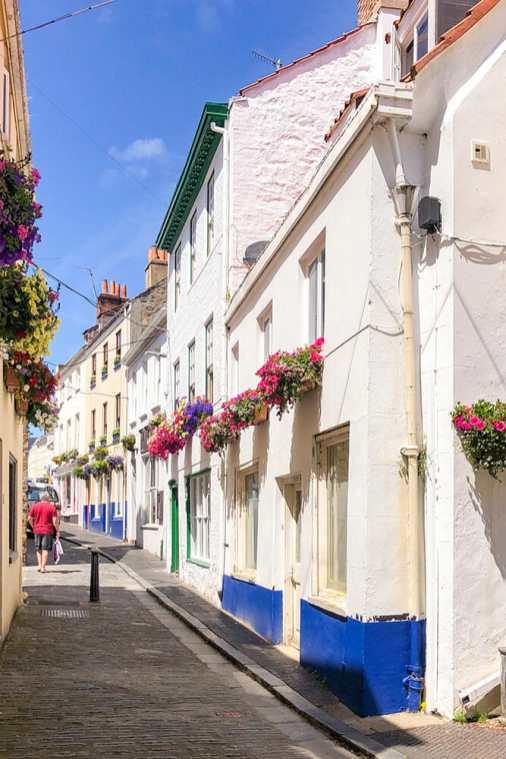 St-Peter-Port,-Guernsey-4