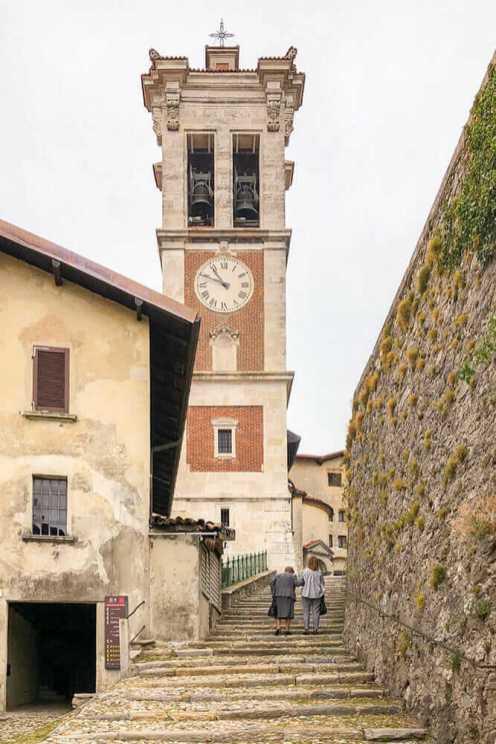 Monte-Sacro-de-Varese,-Lombardy-2