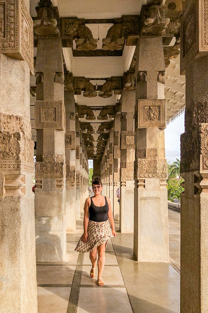 Walking along a corridor of square columns