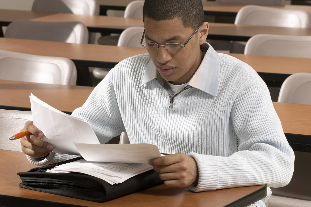 Unfriend Poor Grades with Early Exam Preparation