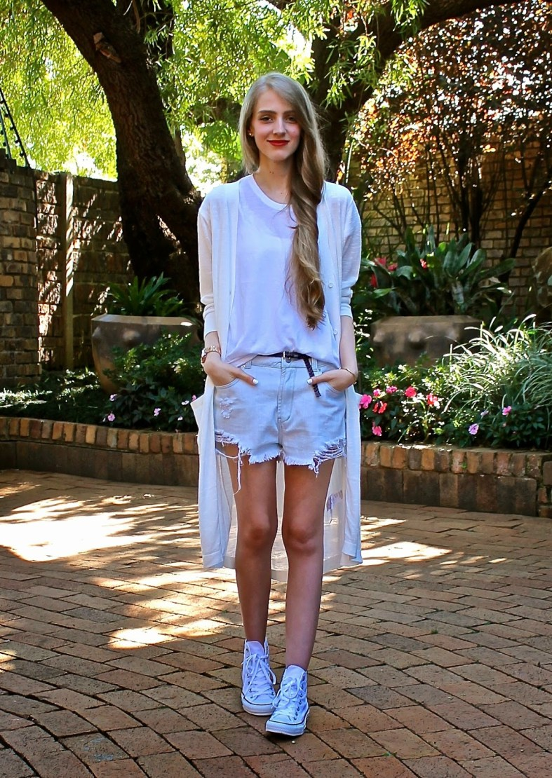 style outfit look blogger white cutoff long cardigan