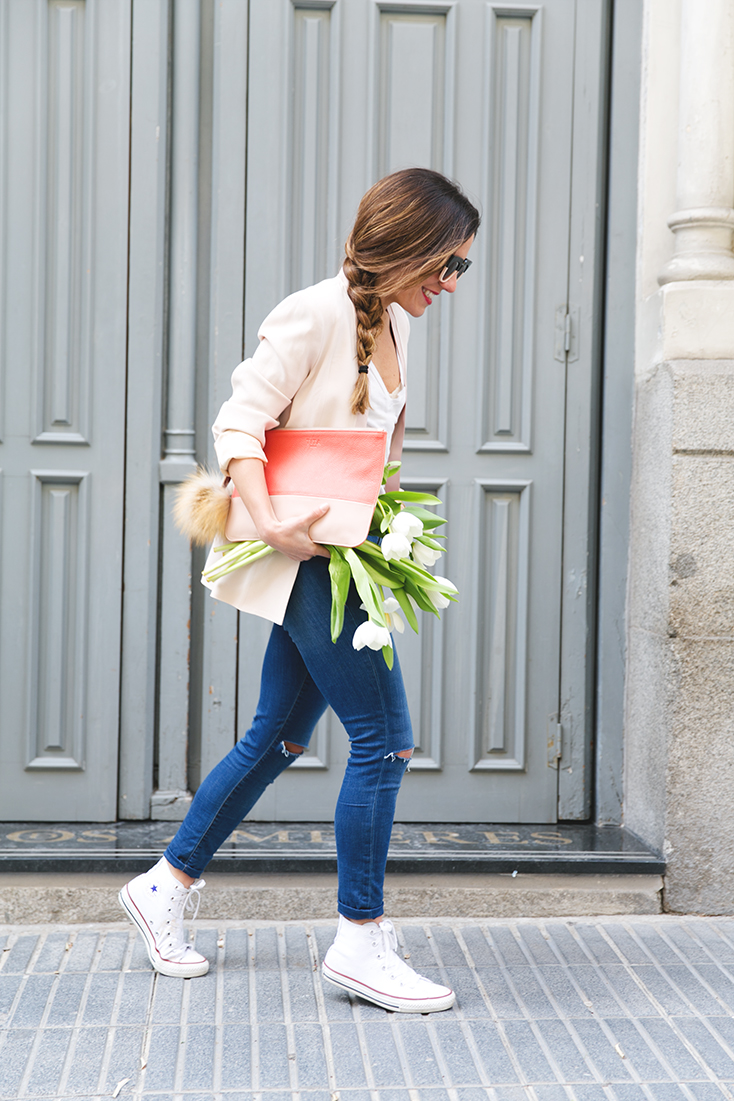 skinny jeans converse blogger style outfit tulips braid