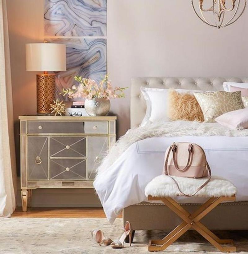 Fashion Decor For Bedrooms: Style Remake: Cozy Bedroom With Metallic & Faux Fur