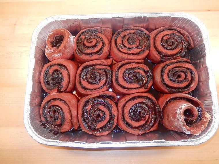 Baked red velvet rolls