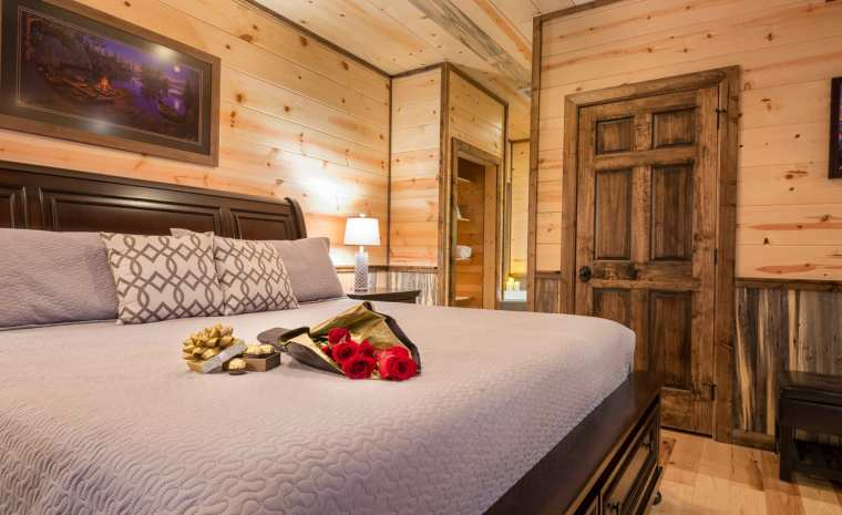 Broken Bow Lake Cabin Honeymoon