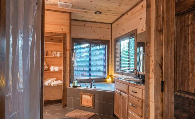 Broken Bow Lake Cabin Rental16