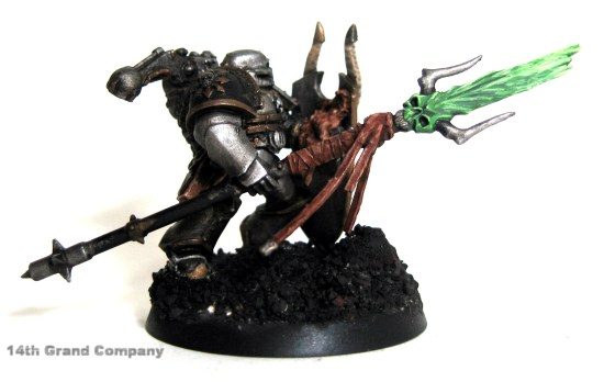How I paint Iron Warriors, Stage 4: Daemon Sword, Step 4: Skull White and Scorpion Green