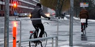 Cyclist Foot Rest In Copenhapen (Courtesy Copenagenize)