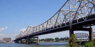 Kennedy Bridge in Louisville (BS File Photo)