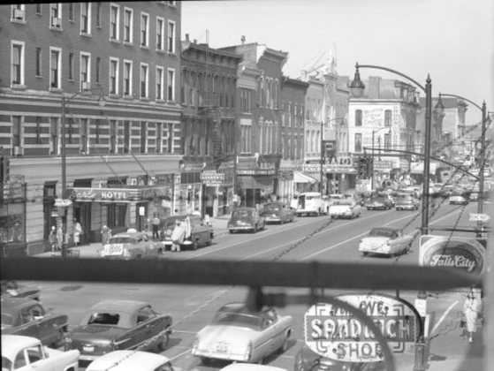 Jefferson Street east from Third Street in the 1940s. (Courtesy UL Photo Archives)