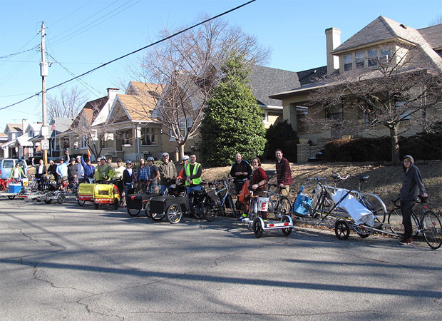 A crowd with cargo-bikes gathers for a bike move. (Courtesy Bicycling for Louisville)