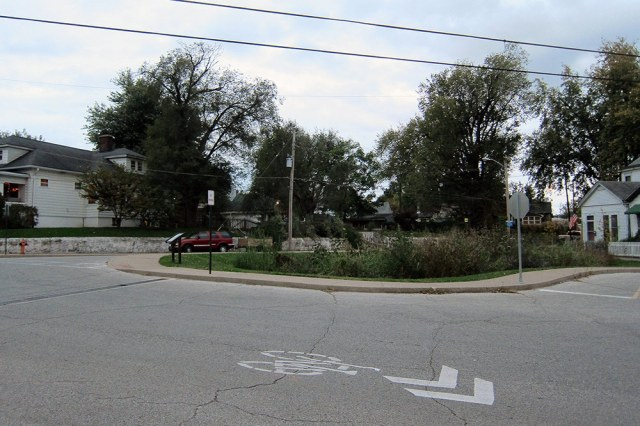 A rain garden was installed at a complex Louisville intersection. (Branden Klayko / Broken Sidewalk)